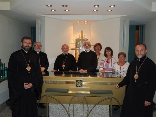 Patriarch-in-the-Shrine-Chapel-1024x768